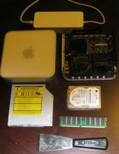 PPC Mac Mini pieces